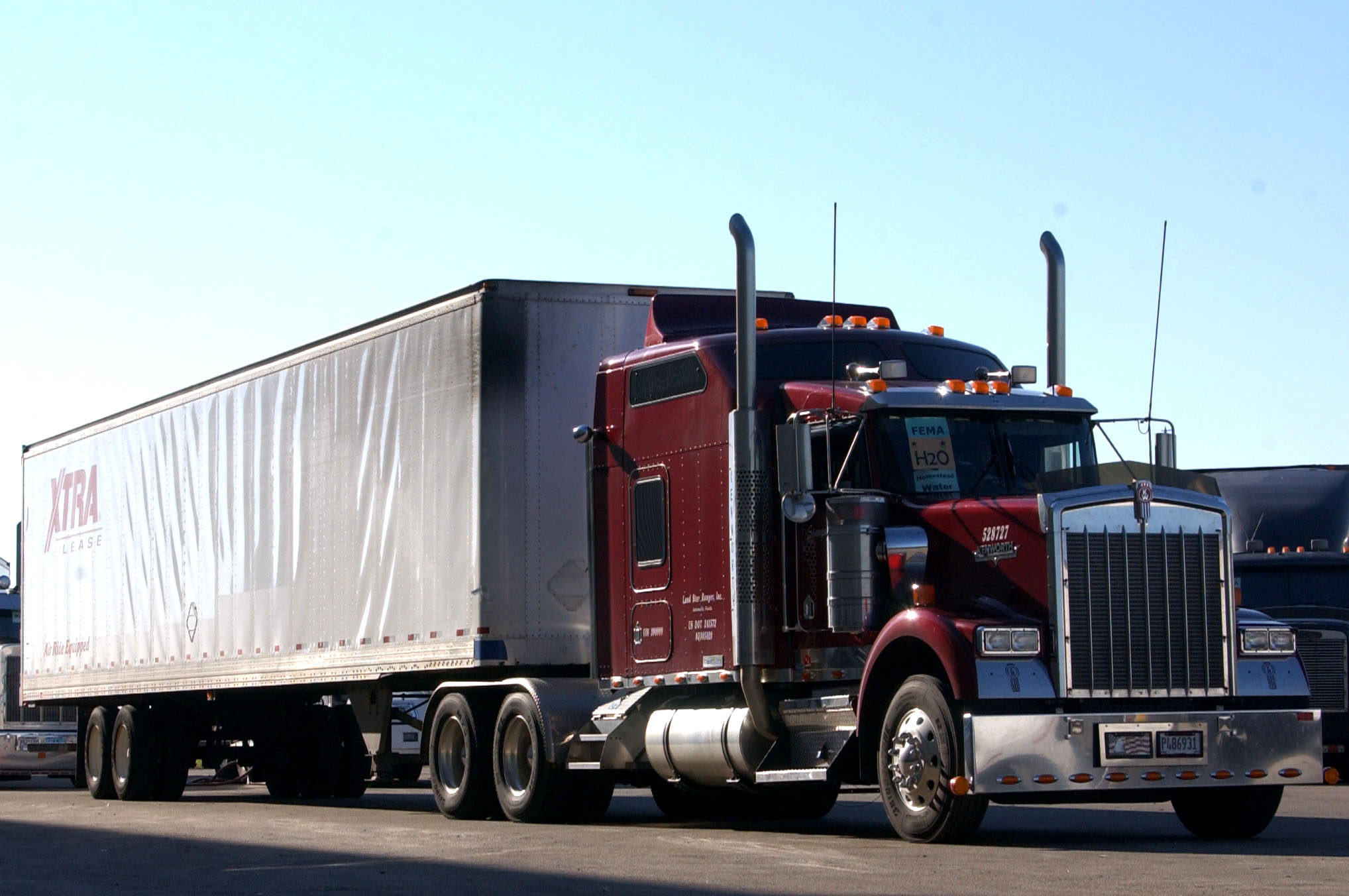 red big rig truck