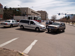 police inspecting car accident in US