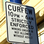 curfew_sign2.jpg